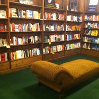 2/23/2012にChristie H.がTattered Cover Bookstoreで撮った写真