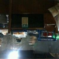 Photo taken at Kedai Makan Pakde by Annisa Zahra N. on 8/11/2012