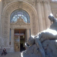 Photo taken at Museo Nacional de Bellas Artes by Sebastián Alonso V. on 3/18/2012