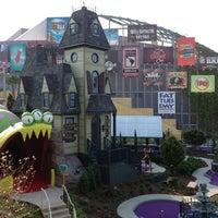 Photo taken at Universal Orlando Resort by Ted W. on 4/11/2012