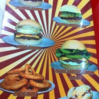 Photo taken at Senhor Hamburguer by Diego L. on 2/12/2012
