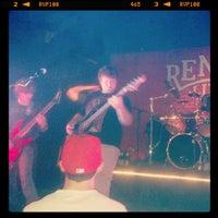 5/13/2012 tarihinde JAck L.ziyaretçi tarafından Reno's Chop Shop'de çekilen fotoğraf