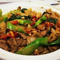 3/31/2012 tarihinde Mikey B.ziyaretçi tarafından Wondee Siam I'de çekilen fotoğraf