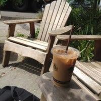 Das Foto wurde bei Caffe Fiore von Sarah R. am 6/21/2012 aufgenommen