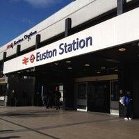 Photo taken at London Euston Railway Station (EUS) by Kaew W. on 3/5/2012