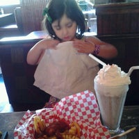 Photo taken at Hudsons Grill by Guillermo S. on 4/24/2012