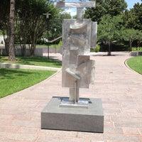 Foto scattata a Cullen Sculpture Garden da Mike F. il 6/2/2012