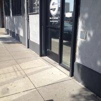 3/31/2012 tarihinde Morgan R.ziyaretçi tarafından Mr. S Leather & Mr. S Locker Room'de çekilen fotoğraf