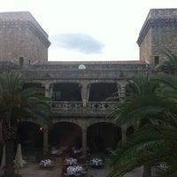 Photo taken at Hotel Parador de Jarandilla de la Vera by Virginia F. on 6/9/2012