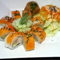Foto tomada en Kashi Sushi & Bar por Ana Fonsi el 8/30/2012