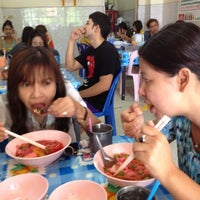 Photo taken at ร้าน วิน วิน by Nut C. on 5/2/2012