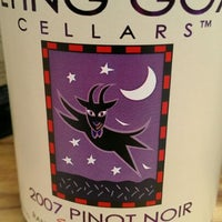Foto tirada no(a) Flying Goat Cellars Tasting Room por Tosh R. em 6/2/2012
