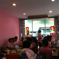 Photo taken at Johnny Food and Drink by immo o. on 5/10/2012