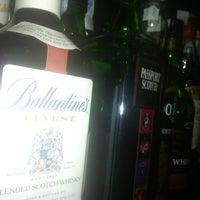 Foto tomada en Cafe Pub Ganivet 13 por No solo una idea el 2/26/2012