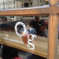 Photo taken at Olive et Gourmando by Warren F. on 8/18/2012