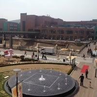 Photo taken at LOTTE Premium Outlets by Hyuk Jin S. on 4/15/2012