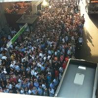 7/20/2012 tarihinde Mustafa T.ziyaretçi tarafından Zincirlikuyu Metrobüs Durağı'de çekilen fotoğraf