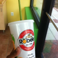 6/21/2012にAndrea S.がRobeks Fresh Juices & Smoothiesで撮った写真