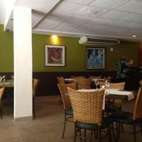 6/13/2012 tarihinde Lelex B.ziyaretçi tarafından Limone Restaurante e Café'de çekilen fotoğraf