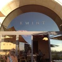 Das Foto wurde bei Kwint von Val H. am 8/17/2012 aufgenommen