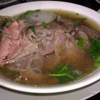 Photo taken at Phở Point Loma & Grill Restaurant by troi o. on 3/27/2012