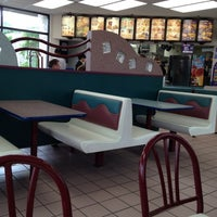 Photo taken at Taco Bell by Steve R. on 5/15/2012