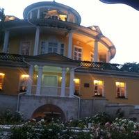 Снимок сделан в Махалля и Граф Орлов пользователем Грек 7/19/2012