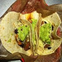 Photo prise au Chipotle Mexican Grill par Raf le6/11/2012
