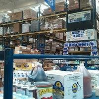 8/14/2012 tarihinde Allenziyaretçi tarafından Restaurant Depot'de çekilen fotoğraf