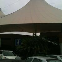 Foto tomada en Plaza Real por Blankis R. el 7/12/2012