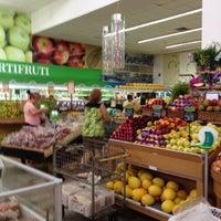 Photo taken at Villarreal Supermercados by Dalva D. on 3/23/2012