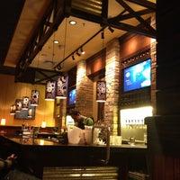 Foto tirada no(a) Outback Steakhouse por Marcio F. em 5/15/2012