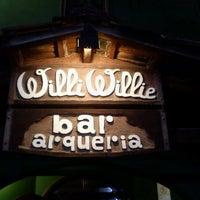 Photo taken at Willi Willie Bar e Arqueria by Fábio C. on 4/1/2012