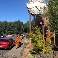 Photo taken at Inn of the White Salmon by Matt D. on 7/24/2012