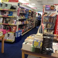 Photo taken at WHSmith by Marcelo A. on 6/20/2012