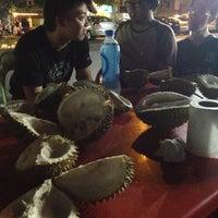 Photo taken at Durian Pusat Bandar Puchong by Aris T. on 7/5/2012