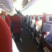 Photo taken at Qantas Flight 414 by AorPG R. on 5/13/2012