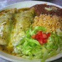 8/14/2012에 Casey A.님이 Lupe's East LA Kitchen에서 찍은 사진