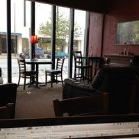 7/27/2012にGrant C.がMain Street Caféで撮った写真