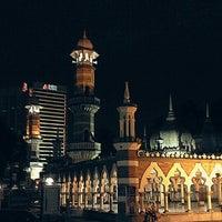 Photo taken at Masjid Jamek Kuala Lumpur by Jeffry Q. on 7/6/2012