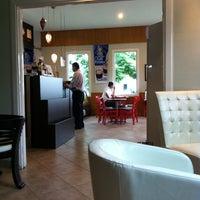 Photo taken at Kotowa Coffee House by Armando M. on 5/28/2012