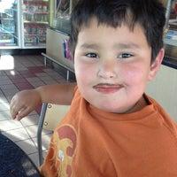 Photo taken at Baskin-Robbins by Jan B. on 5/23/2012