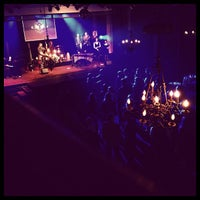 Foto scattata a Varsity Theater & Cafe des Artistes da Paul C. il 2/11/2012