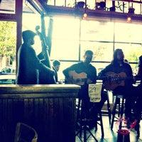 Das Foto wurde bei Pi Bar von MR am 8/28/2012 aufgenommen