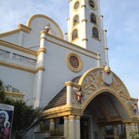 Photo taken at National Shrine of the Divine Mercy by Jezeel Ann M. on 7/14/2012