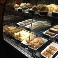Photo taken at Starbucks by Ronaldo B. on 5/6/2012