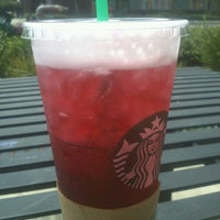 Photo taken at Starbucks by Su B. on 8/4/2012