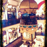 Photo taken at Queen Victoria Building (QVB) by jaddan b. on 5/12/2012