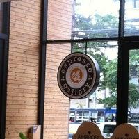 Photo taken at espresso gallery by ยงยศ โ. on 8/22/2012