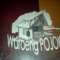 Photo taken at Waroeng Pojok by PrisCa K. on 2/2/2012